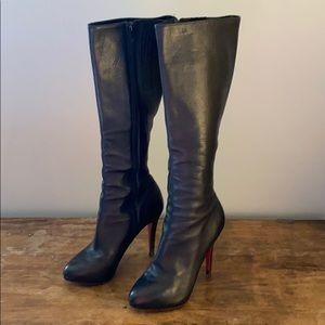 Louboutin boots 💯 Authentic